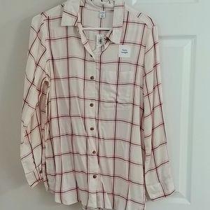 NWT Old Navy lightweight shirt